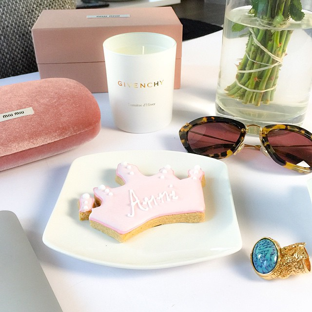 desk-living-room-fashionhippieloves-ysl-arty-ring-miumiu-sunglasses-givenchy candle