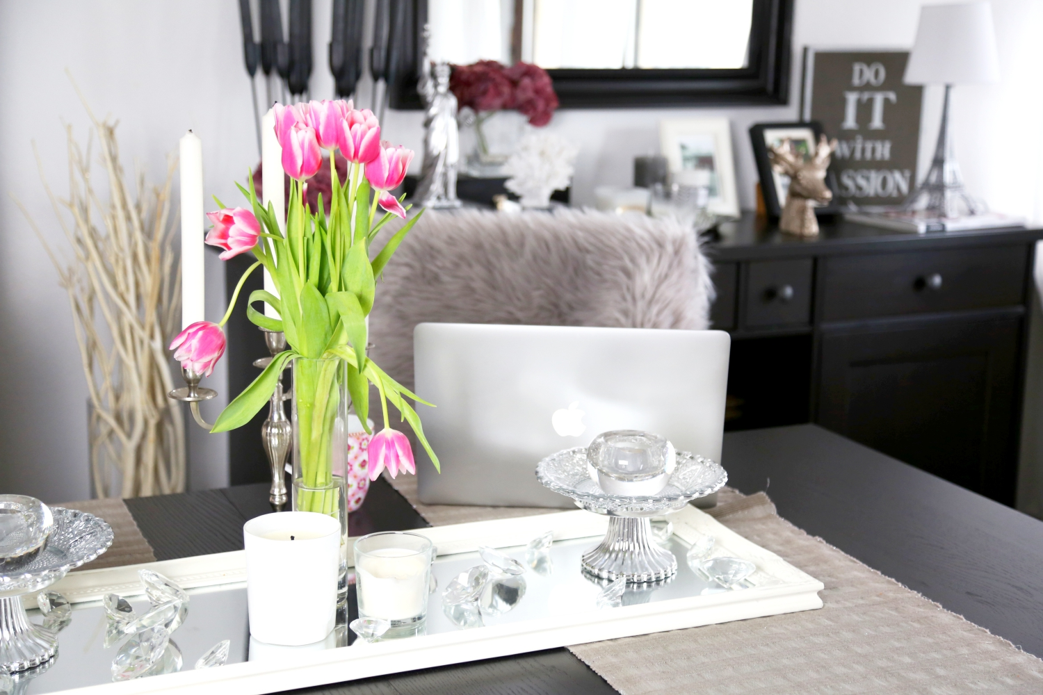 fresh-tulips-fashionhippieloves-interior