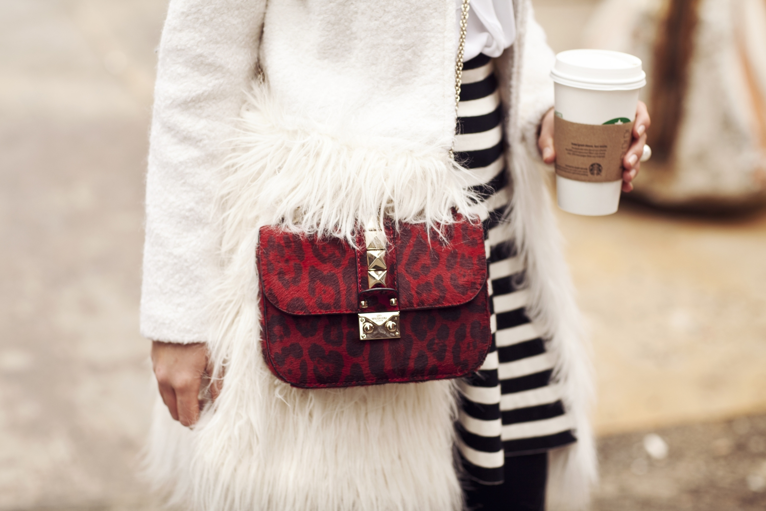 new-york-fashion-week-outfit-winter-2015-valentino-garavani-rockstud-bag