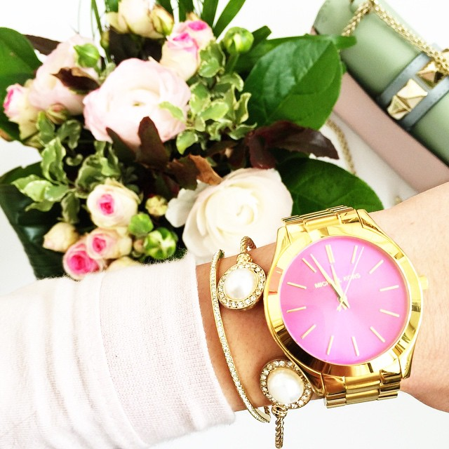 michaelkors-watch-pink-gold-mk-bracelet-valentino-rockstud-glam-lock-bag-pastels-watercolor-forzieri