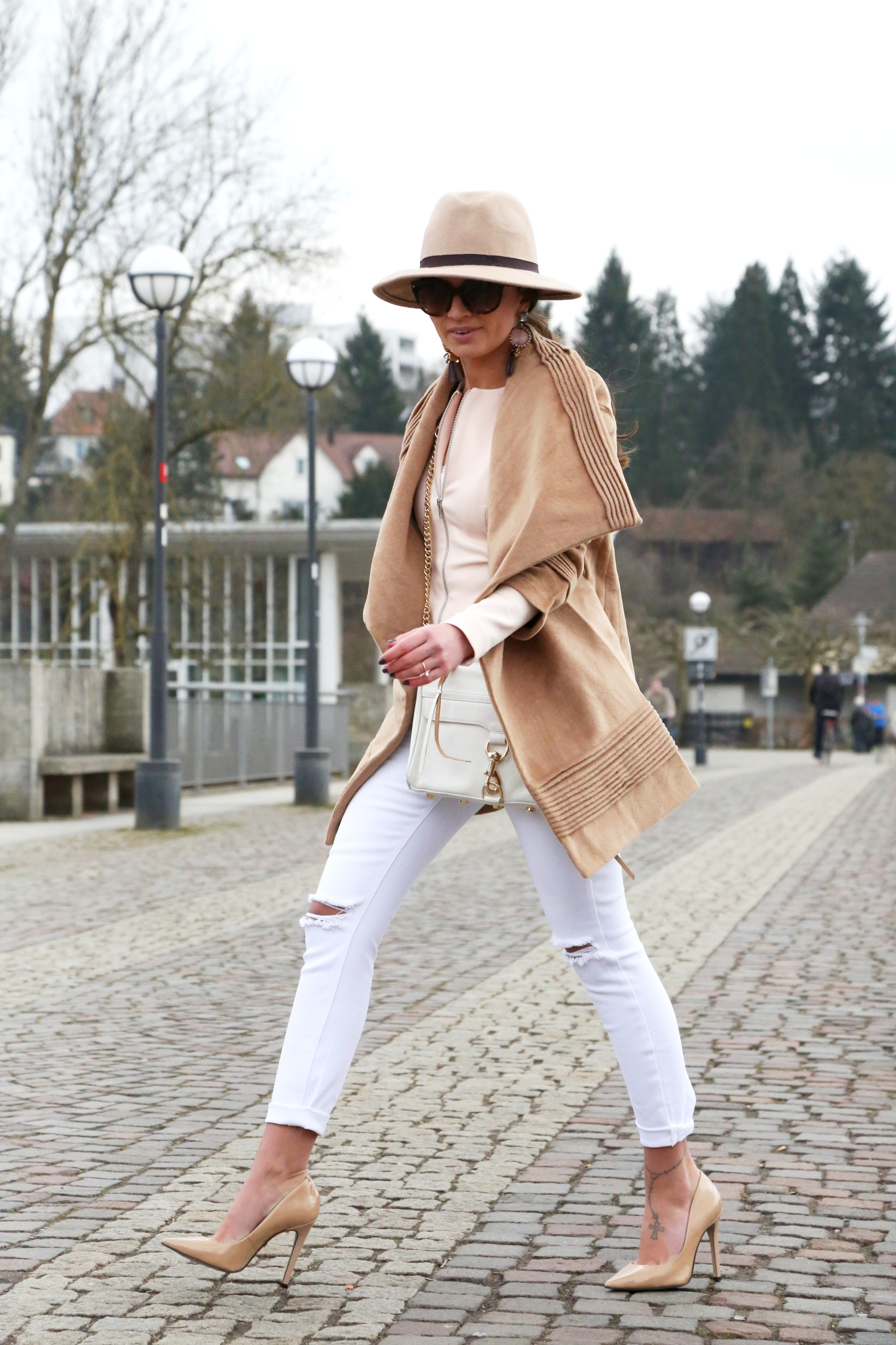 outfit-fashionhippieloves-camel-white-nude-trend-2015