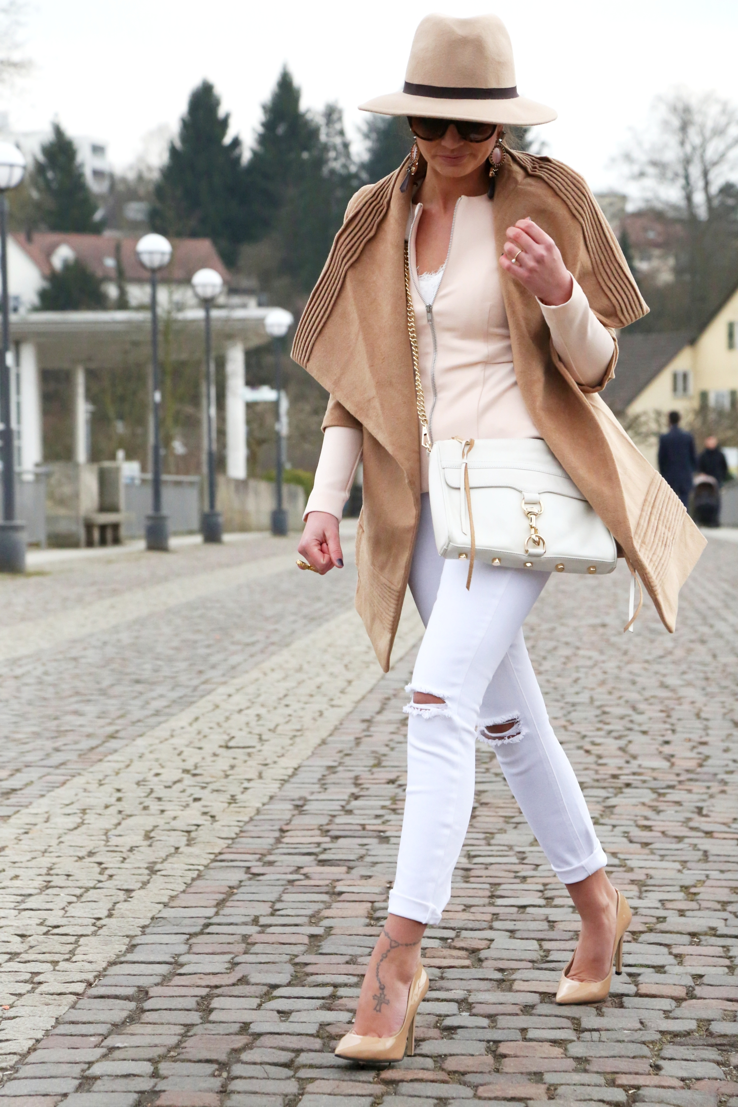 outfit-fashionhippieloves-german-fashionblogger-camel