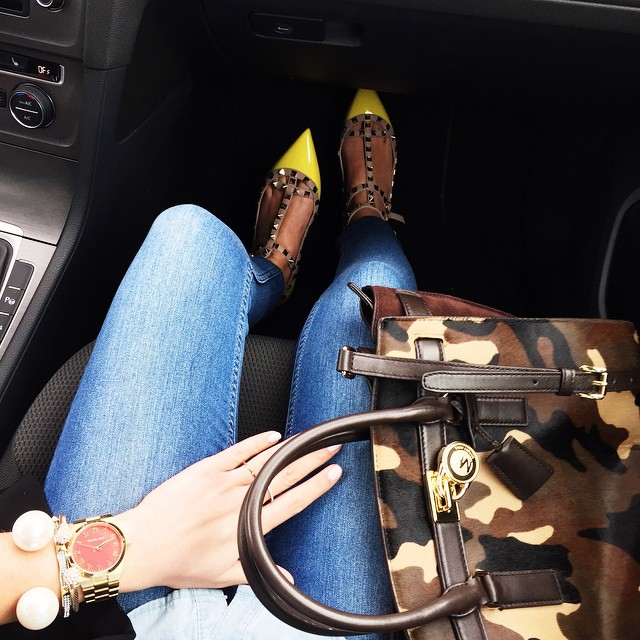outfit-details-yellow-valentino-rockstud-flats-michaelkors-watch-red-gold-michaelkors-selma-camouflage-bag-denim-all-over