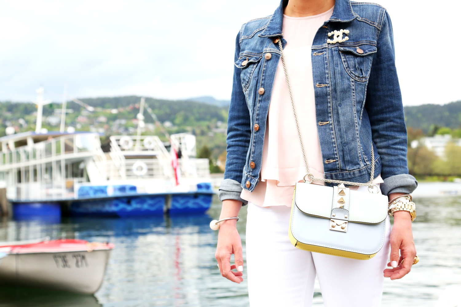 outfit-denim-jacket-chanel-brooch-valentino-glam-lock-bag-watercolor