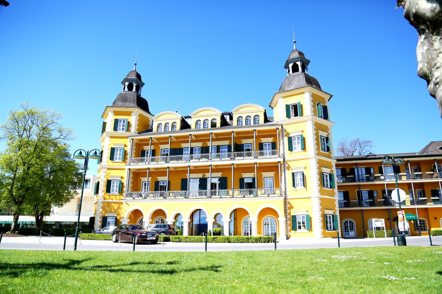 Hotel In Velden Direkt Am See