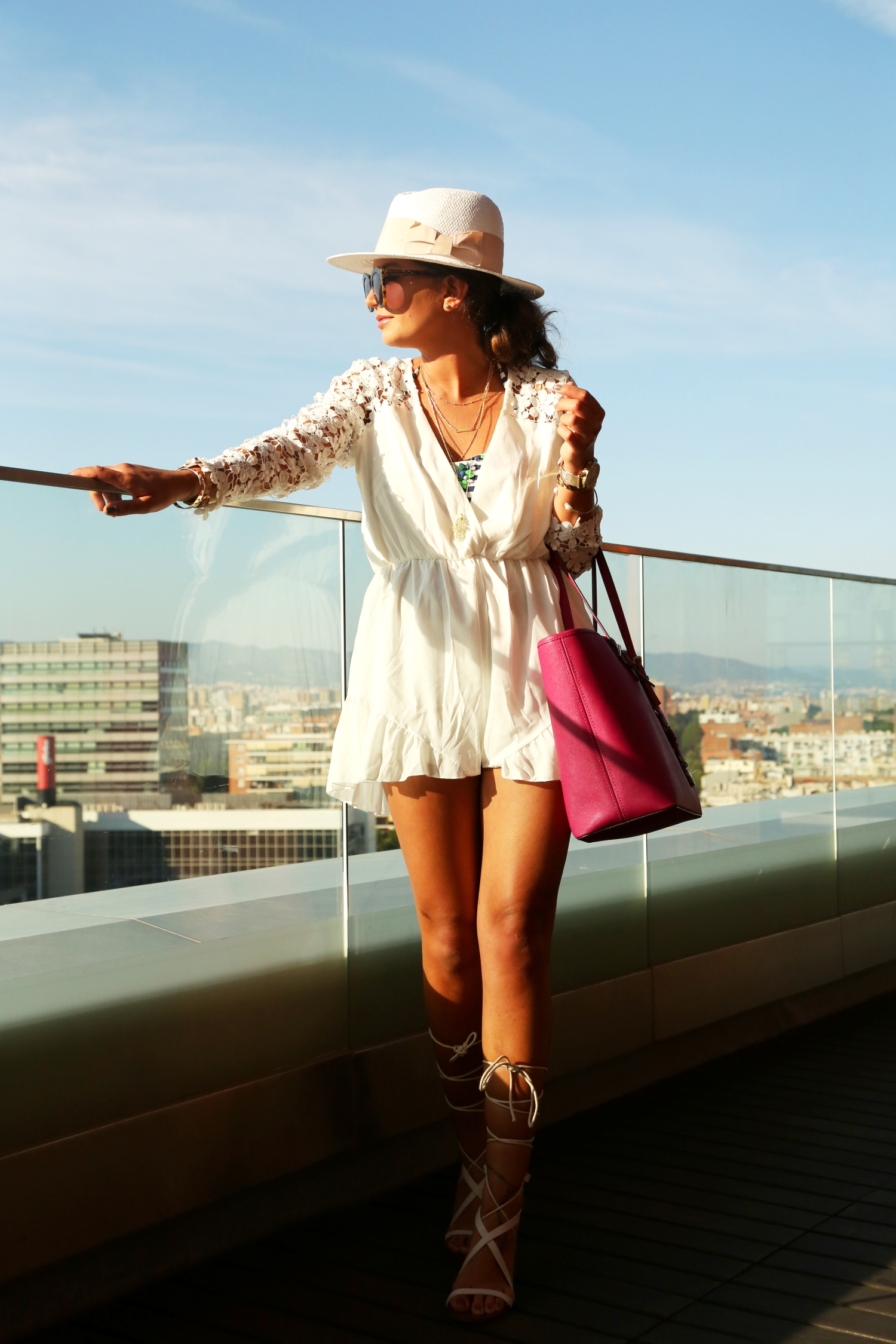 outfit-barcelona-fashionhippieloves-white-romper-