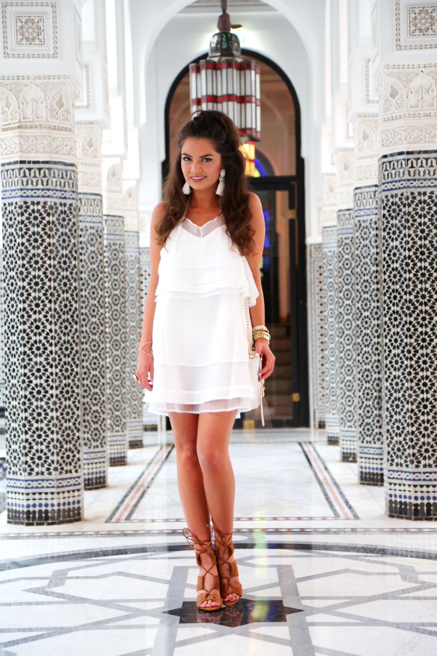 outfit-white-dress-lamamounia-hotel-marrakech