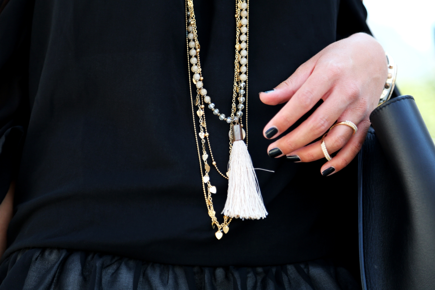outfit-details-hallhuber-necklaces-fashionhippieloves