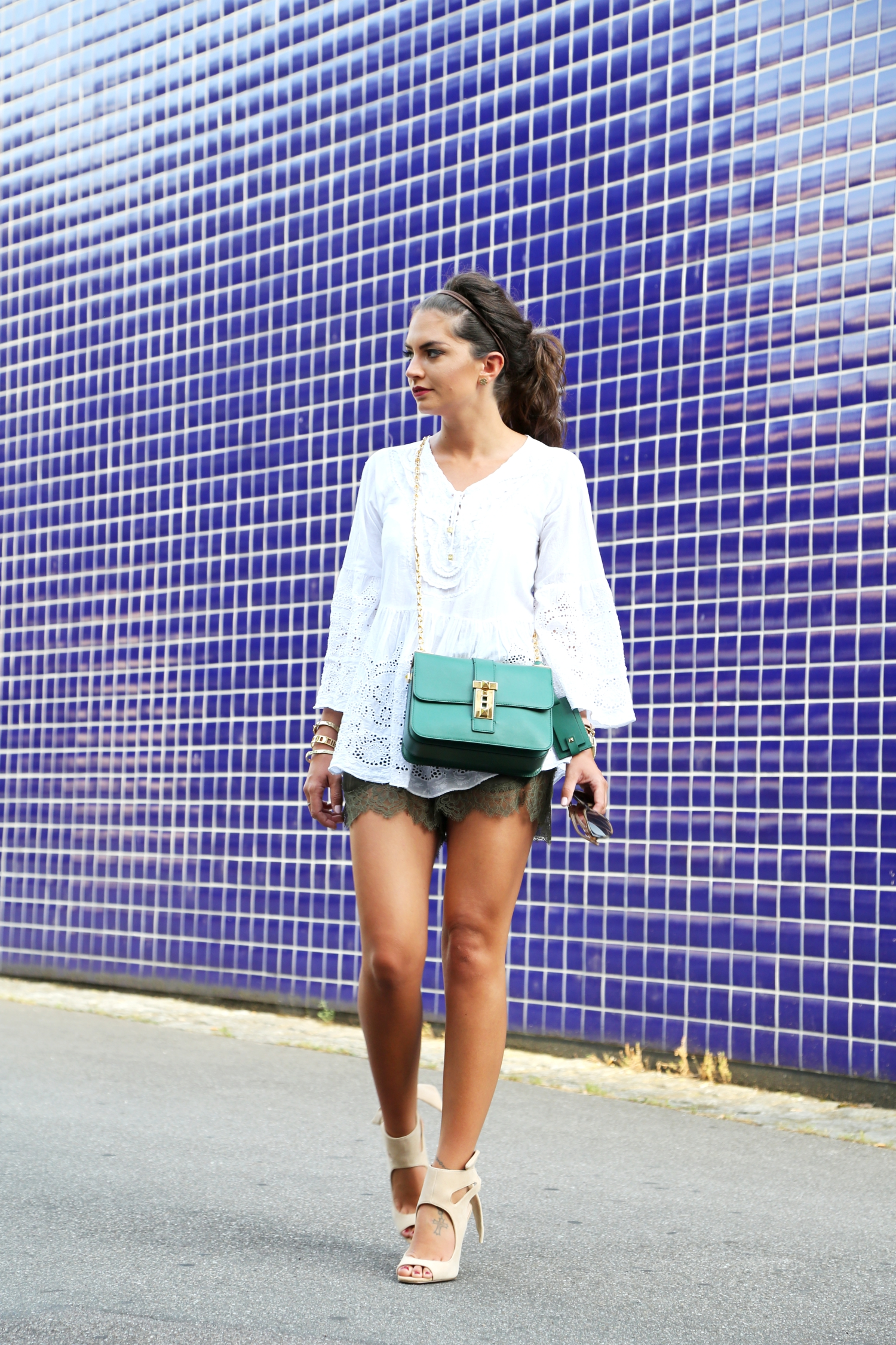 outfit-summer-fashionhippieloves-valentino-bag-green-michaelkors-hippie-blouse