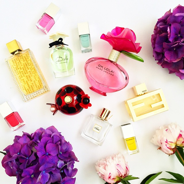 perfume-favorites-flowers-nailpolish