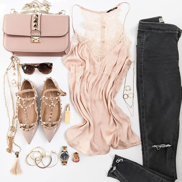 outfit-details-valentino-rockstuds-nude-pastel-look