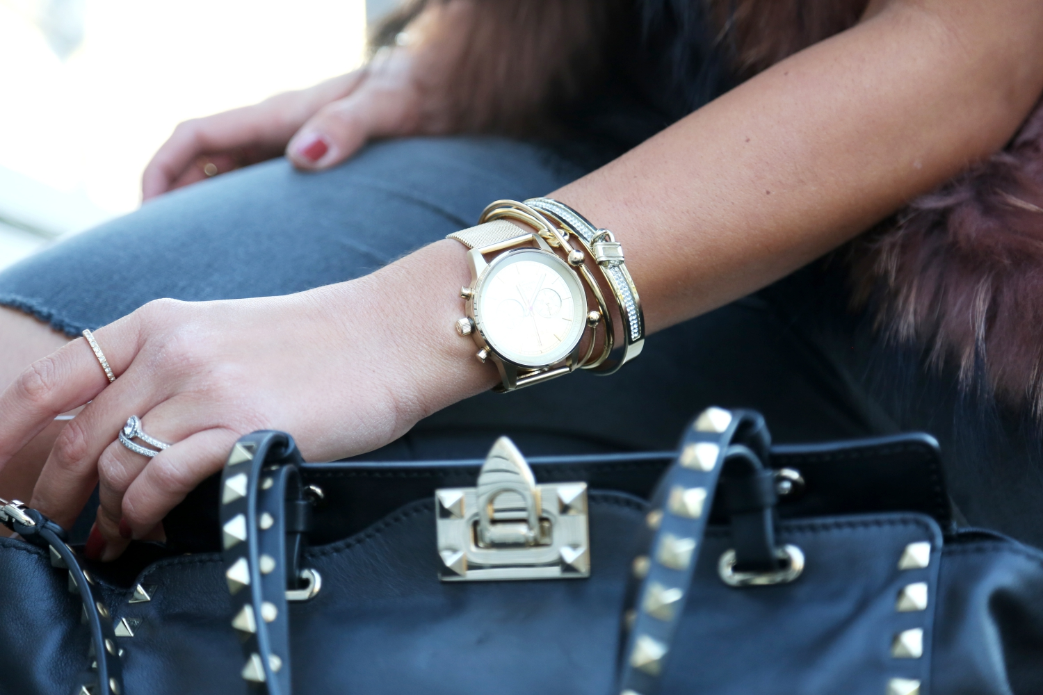 outfit-details-valentino-rockstud-bag-triwa-watch
