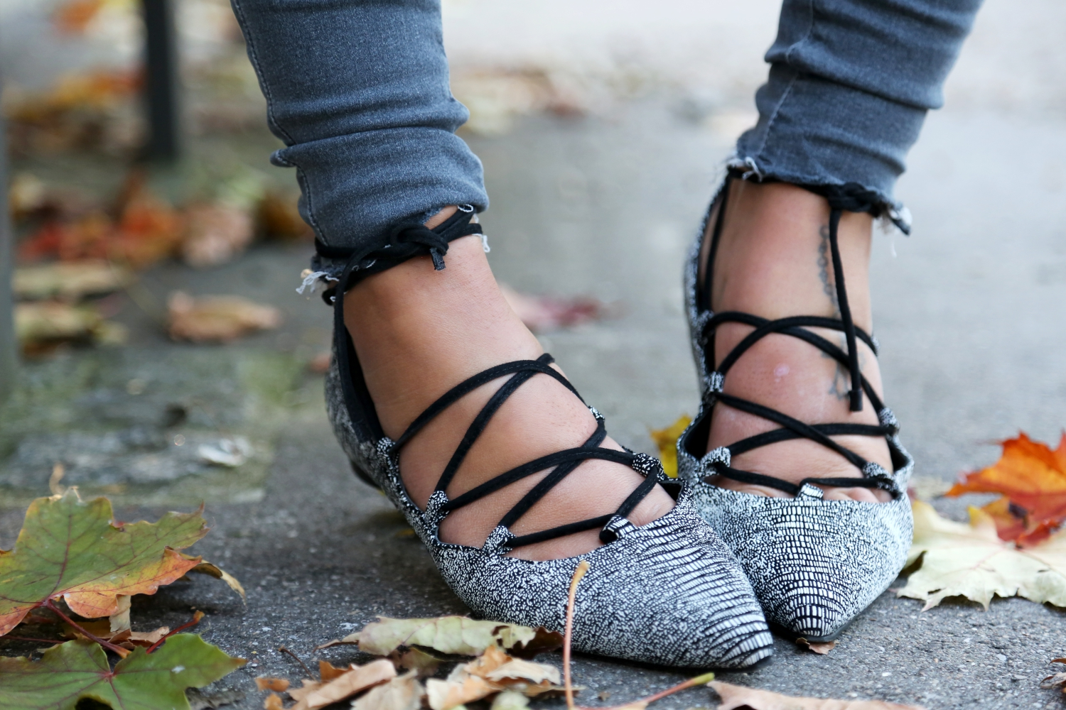 senso-flats-topshop-ripped-jeans