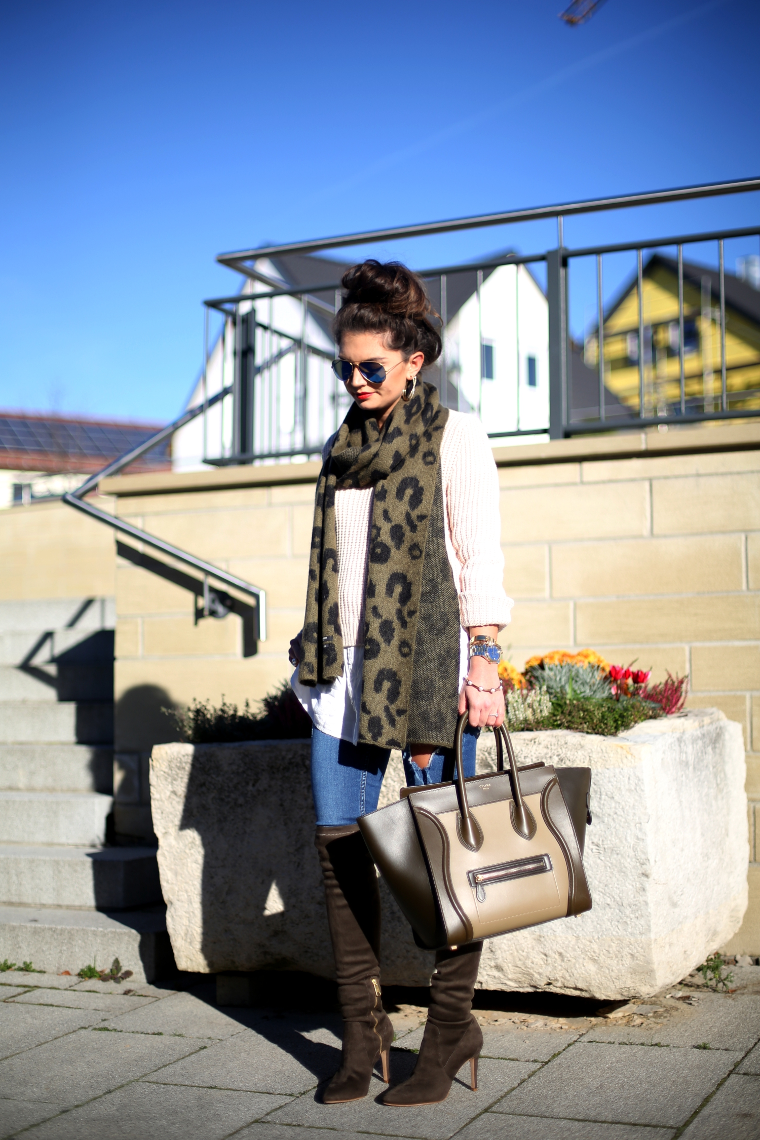 outfit-overknees-celine-luggage-ray-ban-autumn-fall