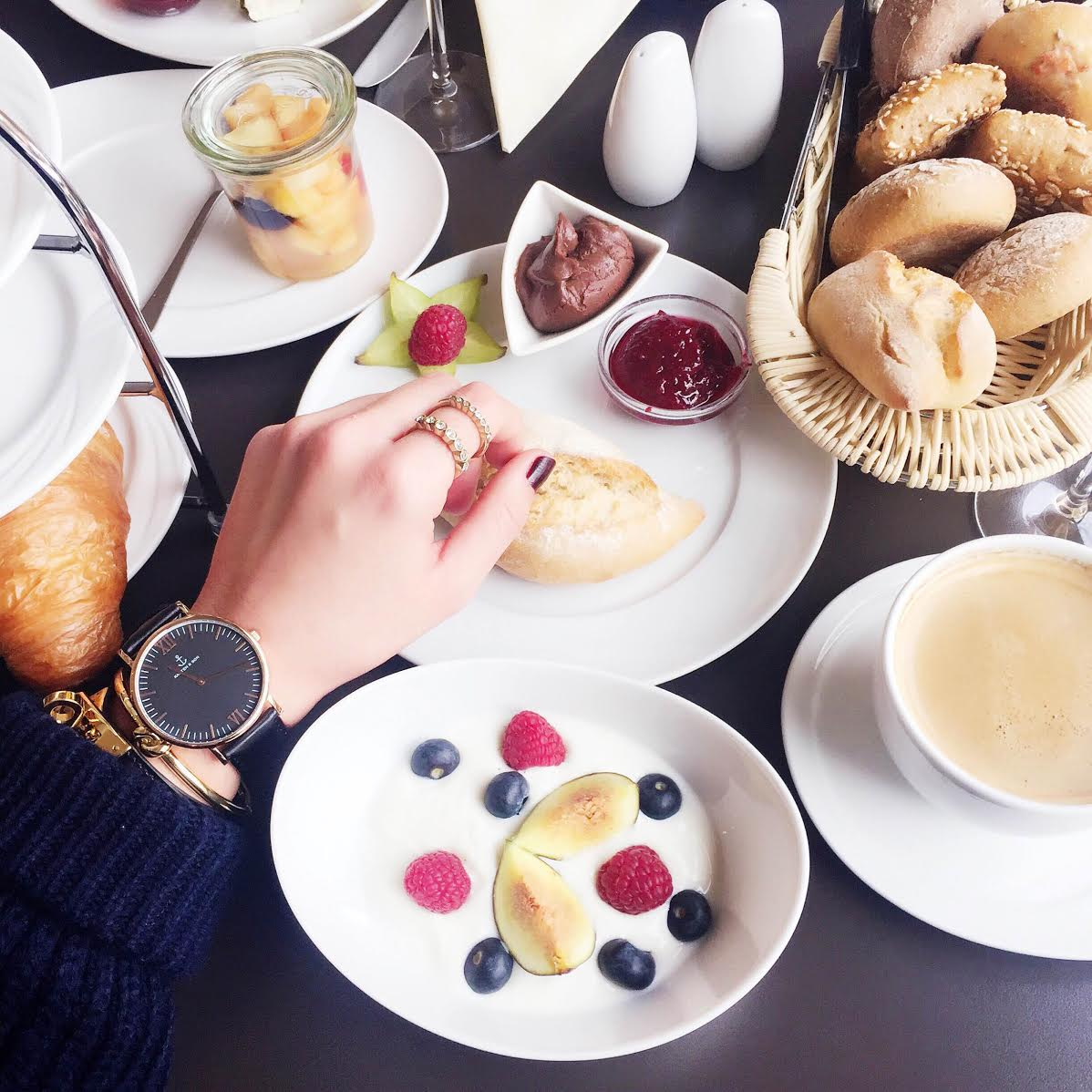 breakfast-kapten&son-watch-kate-spade-hermes-bracelets