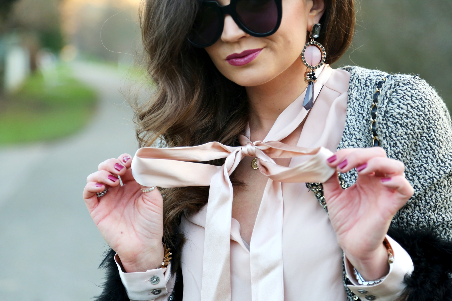christmas-outfit-alice-and-olivia-bow-blouse-karen-walker-sunglasses