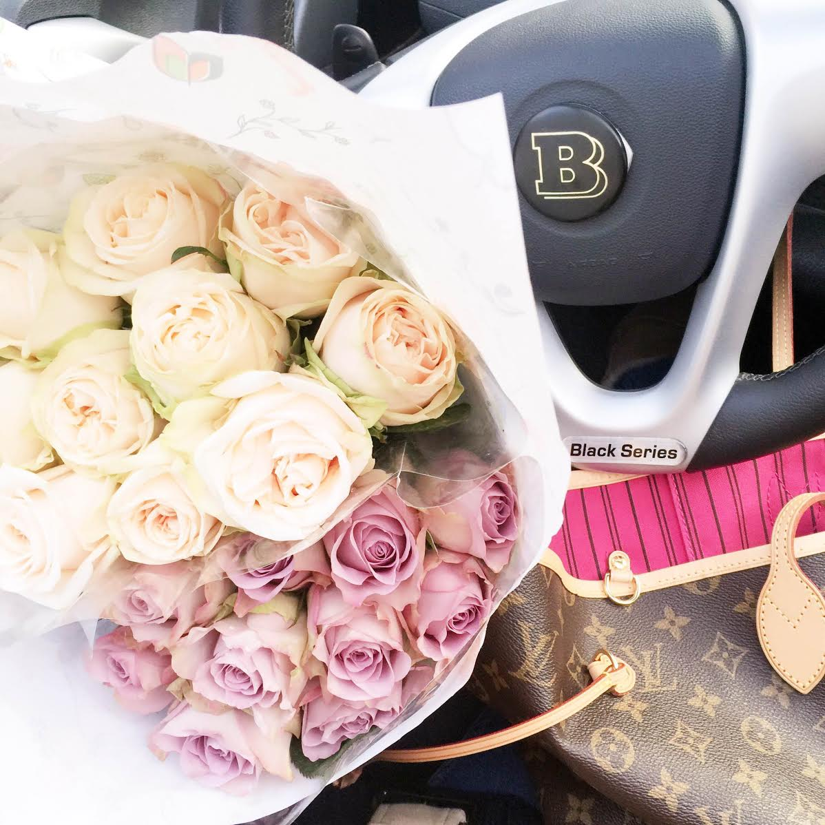 flowers.car-louis-vuitton-neverfull-bag