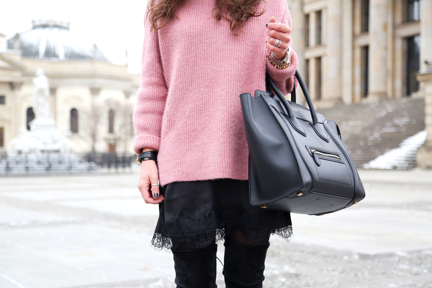 berlin-fashion-week-look-winter-style-knit-overknees