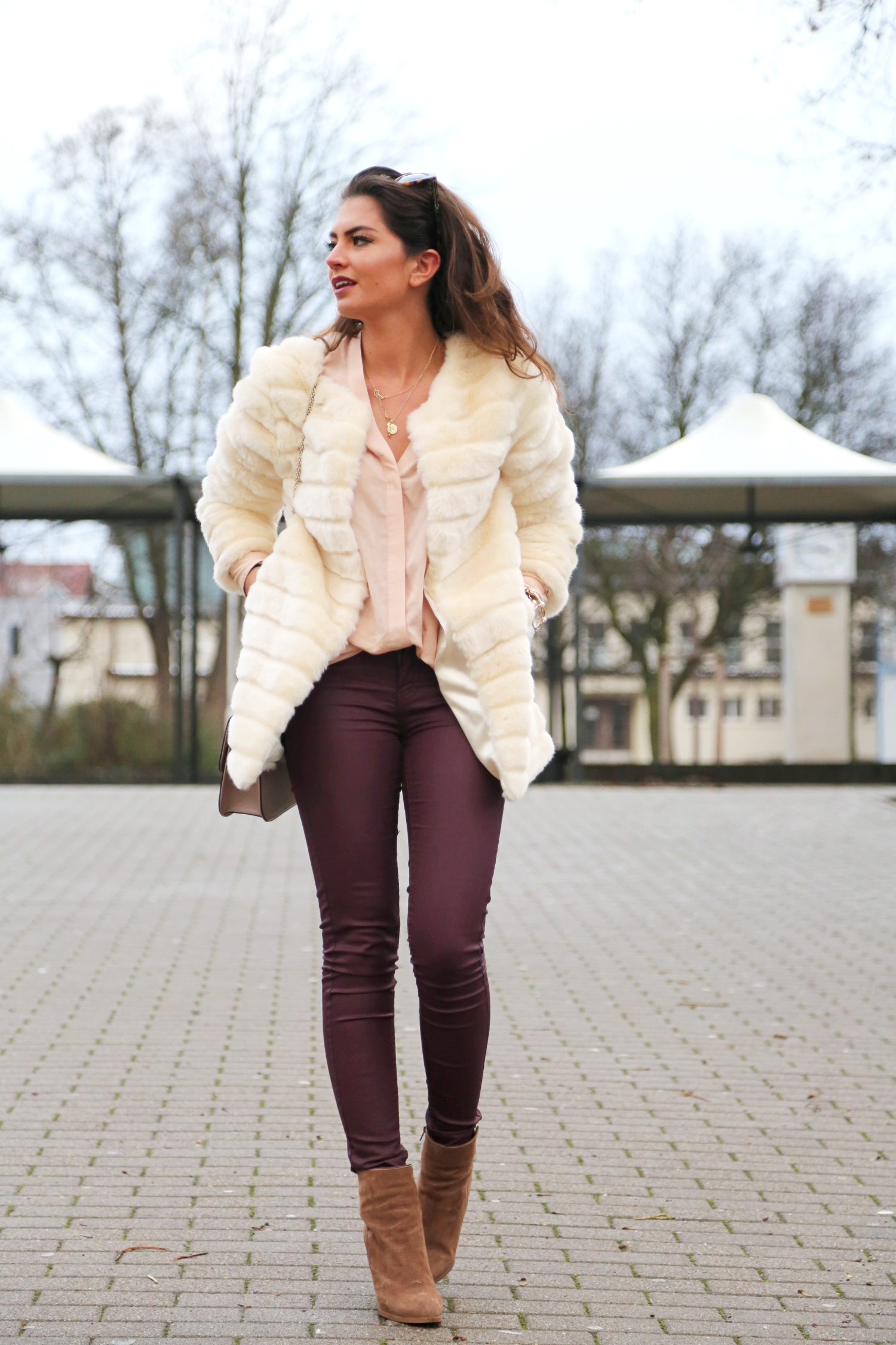 outfit-fashionhippieloves-winter-look-faux-fur-coat