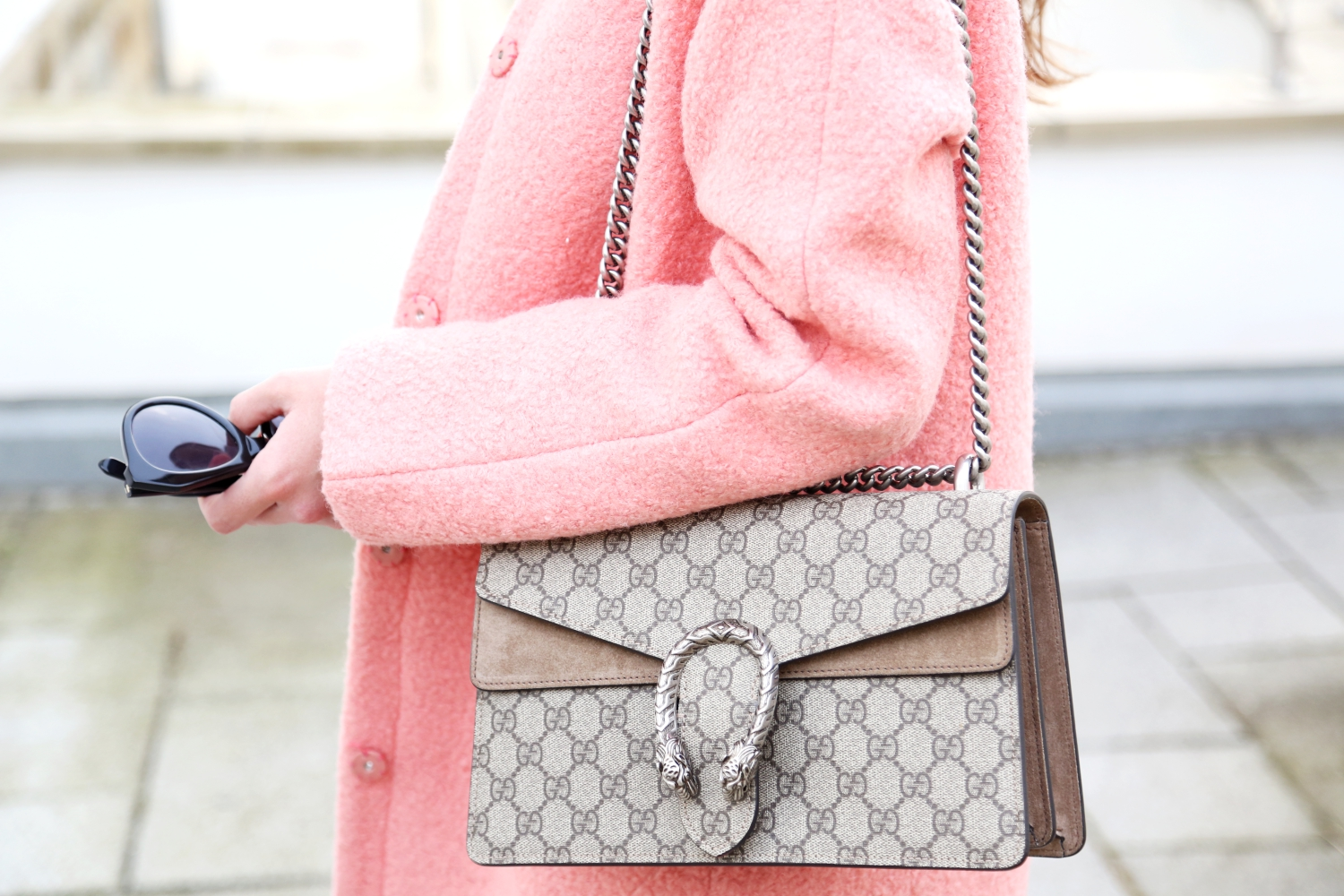 outfit-pink-coat-gucci-dionysus-bag
