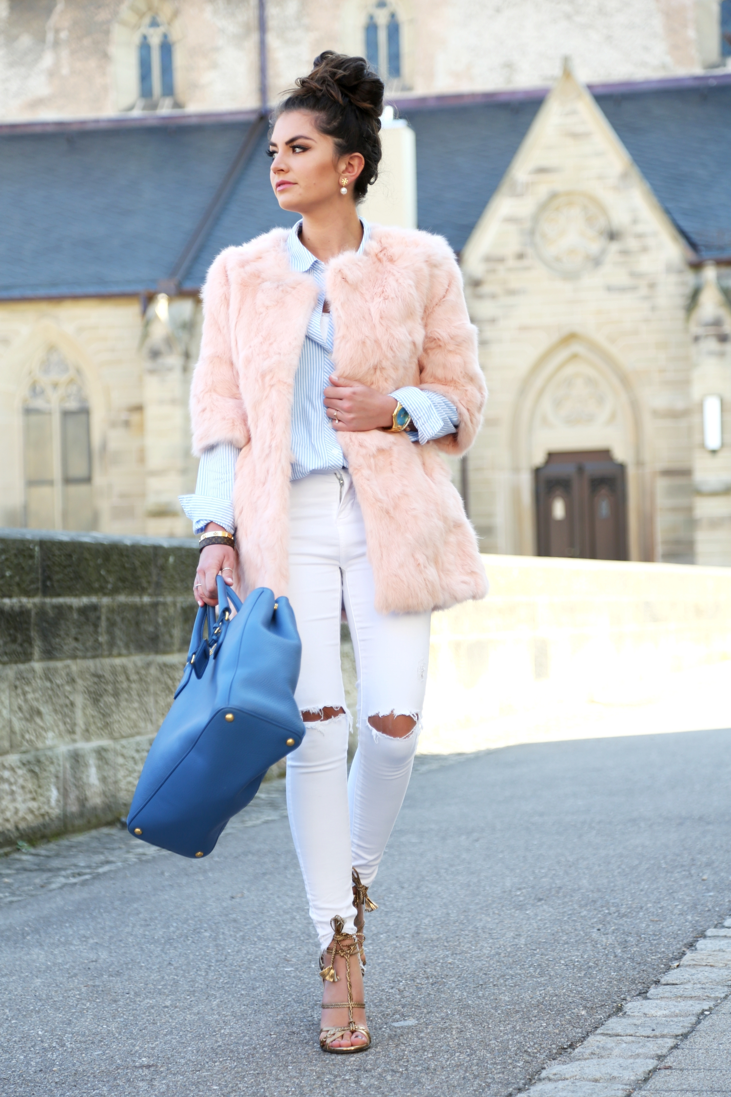 outfit-fashionhippieloves-spring-pastel-colors-white-ripped-jeans-faux-fur-coat-pink