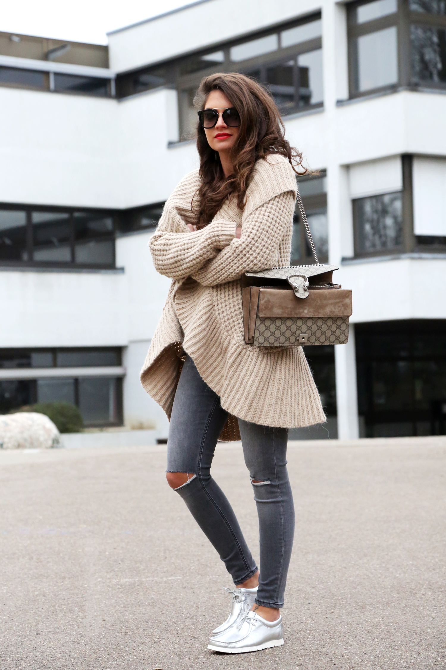 outfit-sioux-grashopper-ripped-jeans