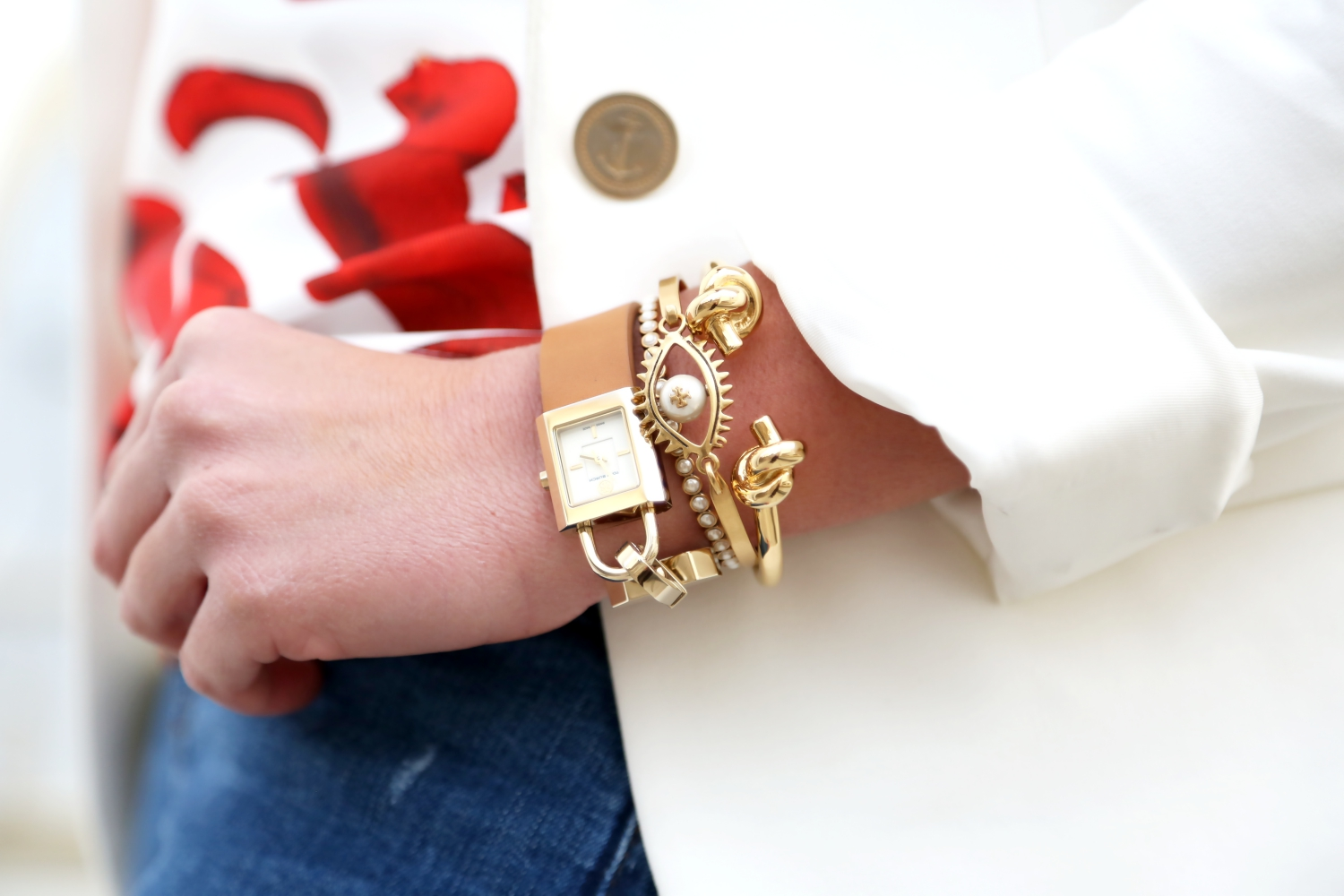 outfit-details-tory-burch-watch-marcjacobs-bracelet