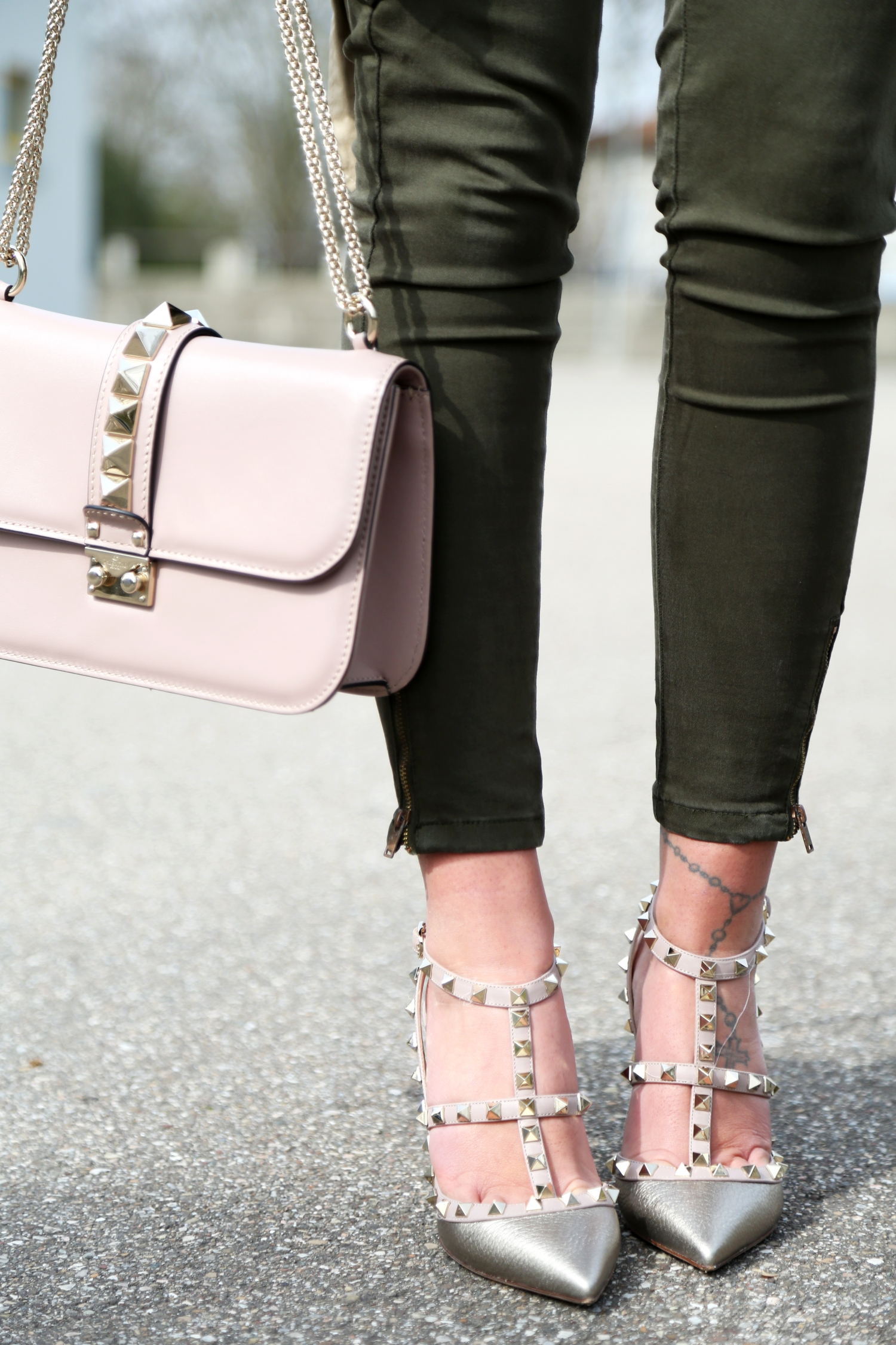 outfit-details-valentino-rockstuds-bag