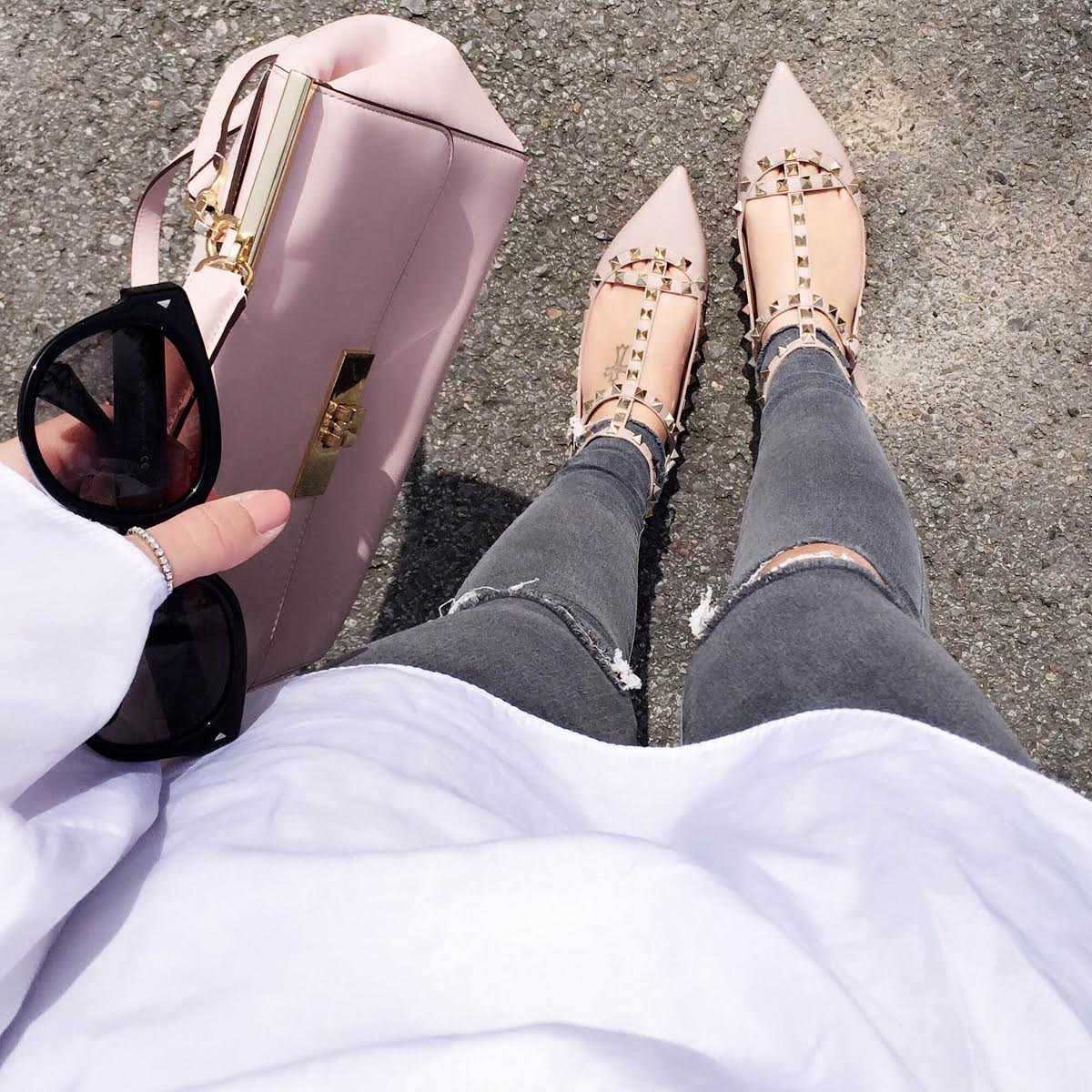 outfit-details-valentino-rockstuds