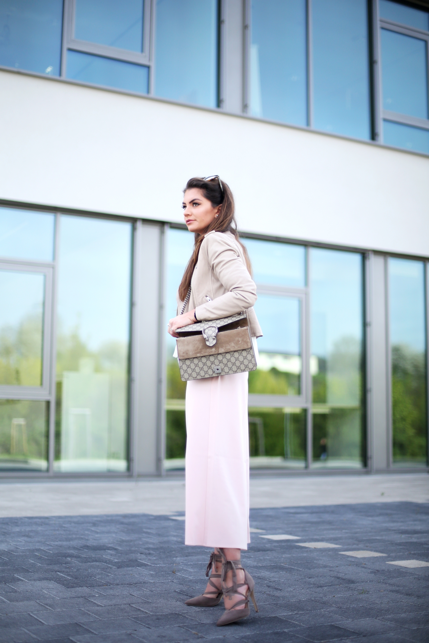 outfit-pastel-spring-gucci-dionysus-bag-newö