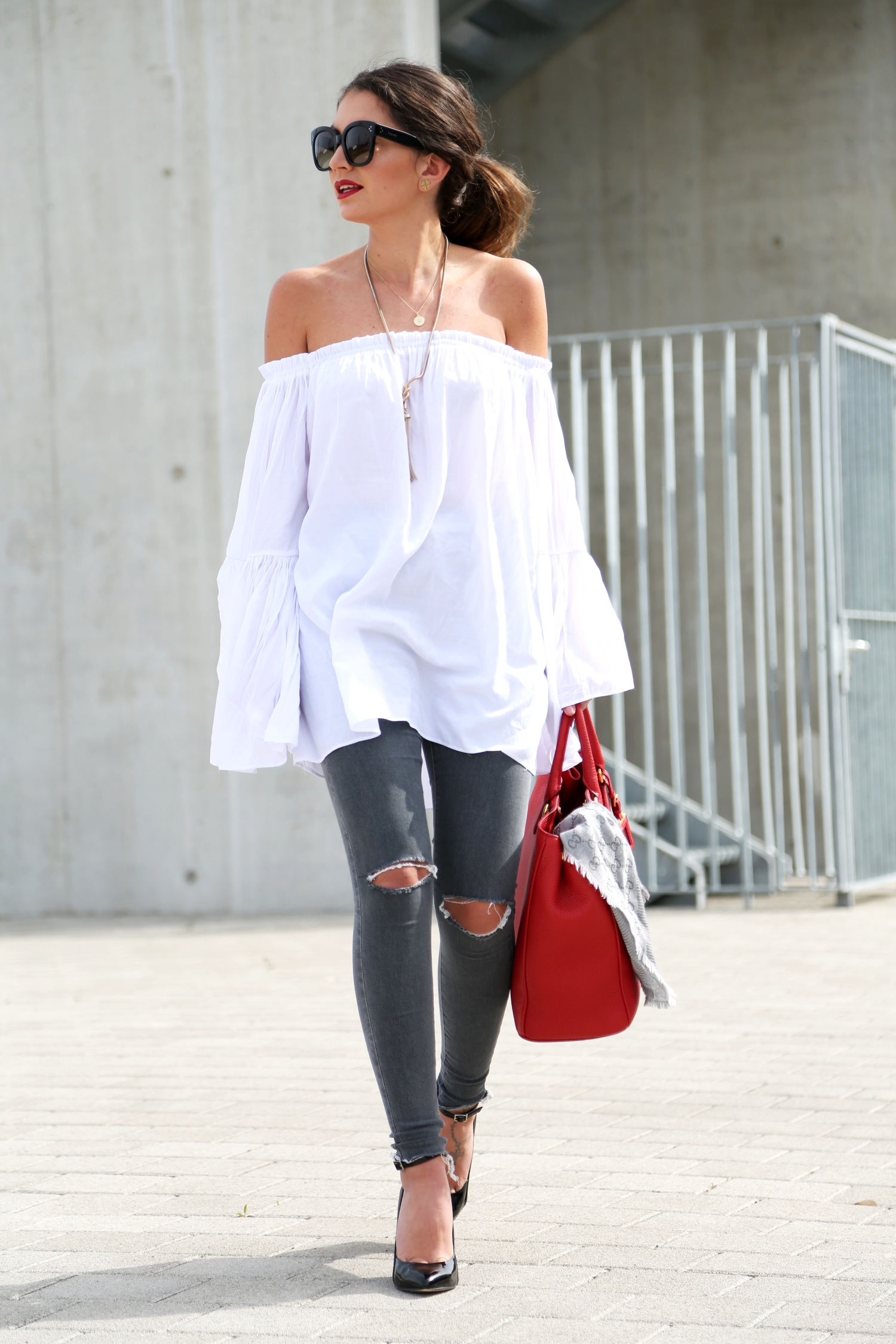 outfit-ripped-jeans-off-shoulder-top-prada-bag