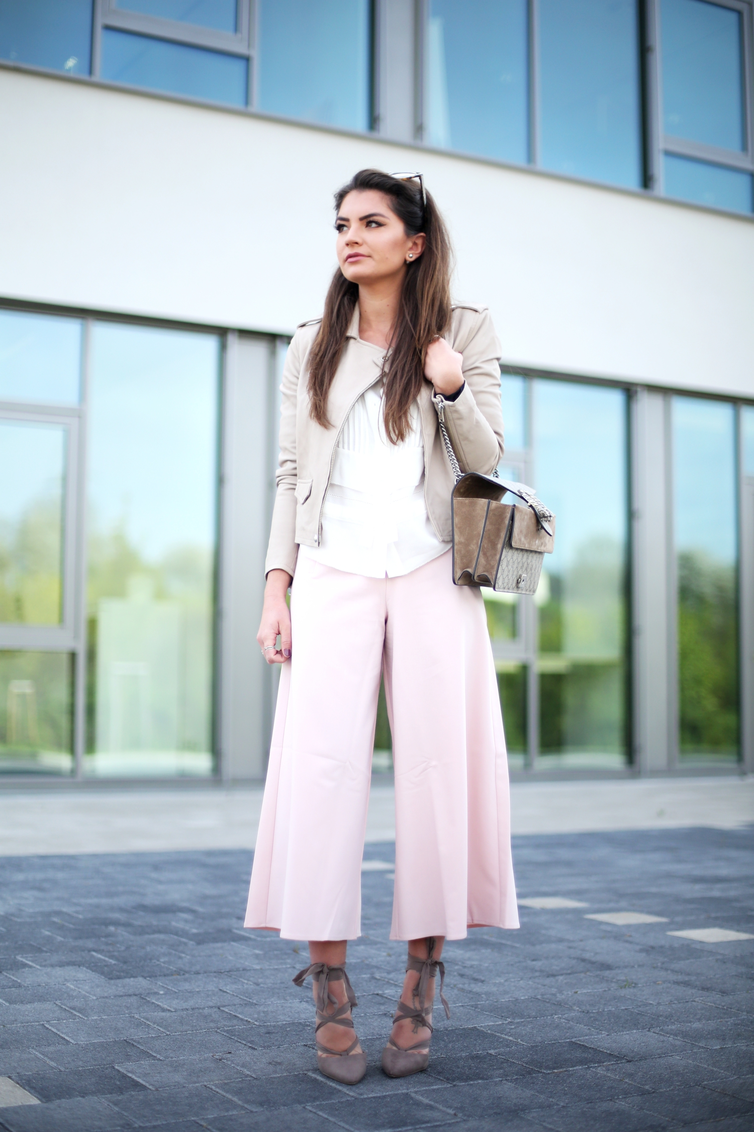 outfit-spring-look-culotte-pink-iro-paris-german-fashionblogger-trend