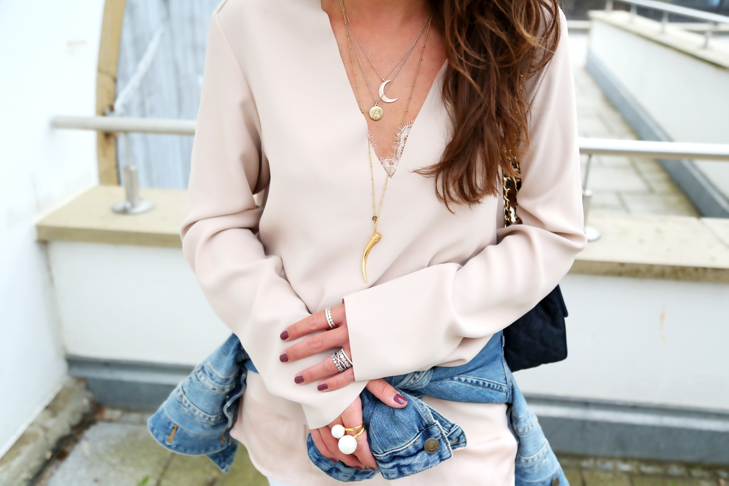 outfit-denim-look-spring-pearl-rings-lace-top-nude-blouse