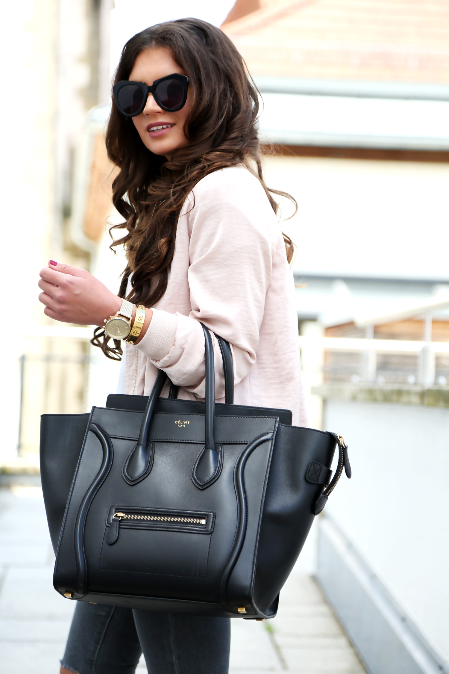 outfit-details-celine-luggage-karen-walker-sunglasses