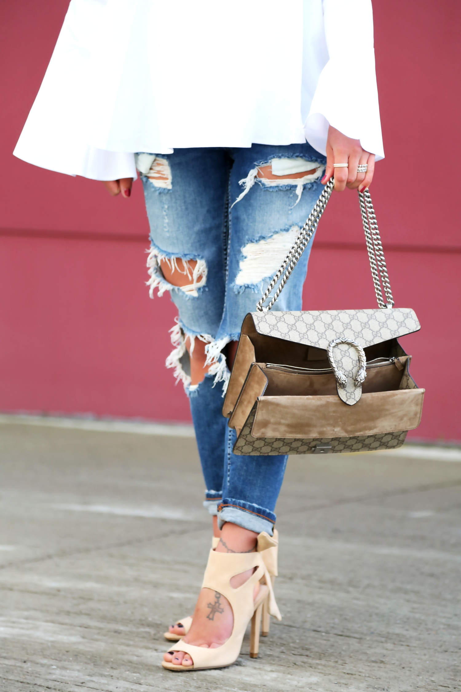 outfit-ripped-jeans-white-blouse-gucci-bag-white-blouse