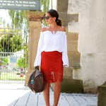 outfit: off shoulder, lace skirt and my Speedy bag