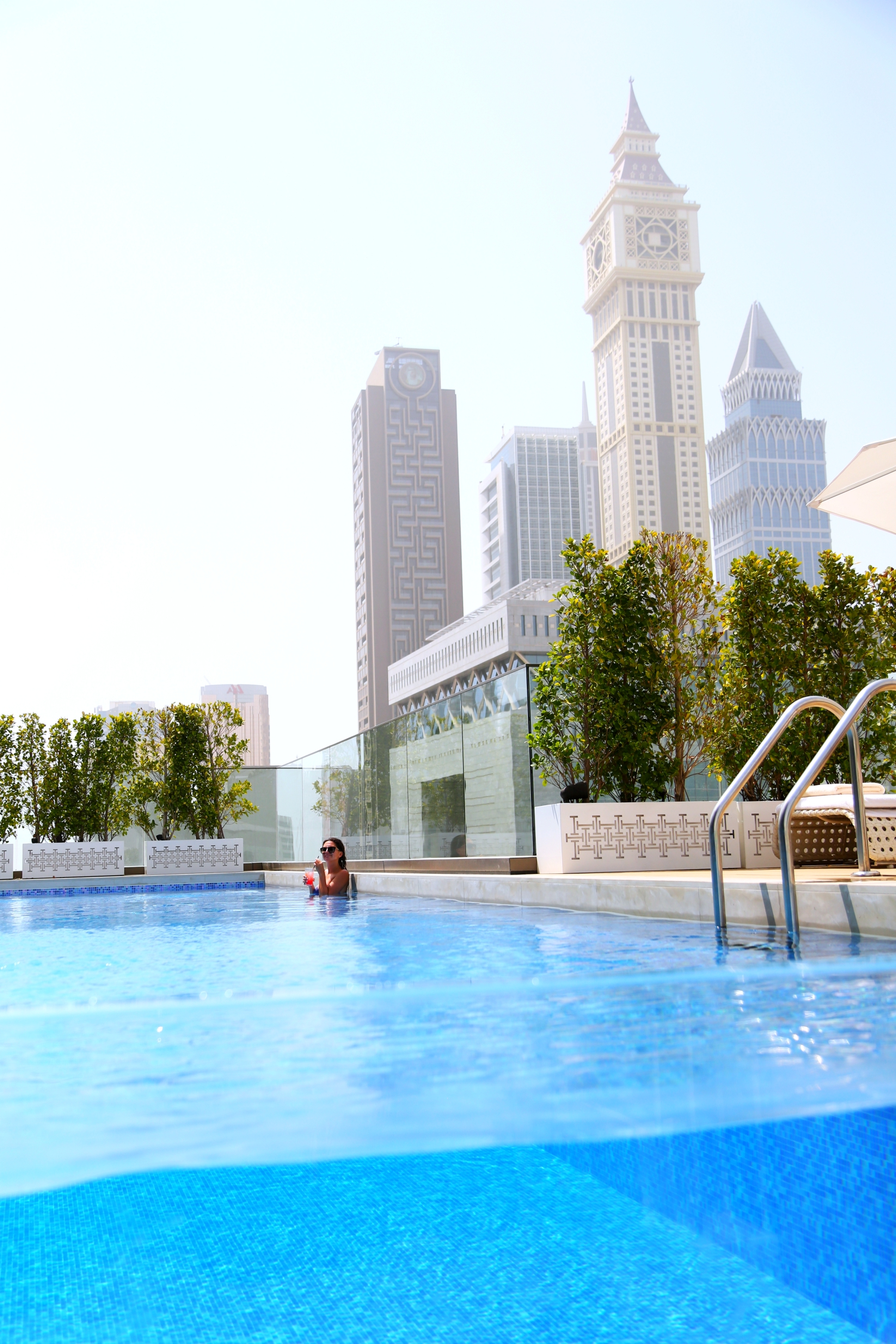 pool-dubai-fourseasons-difc