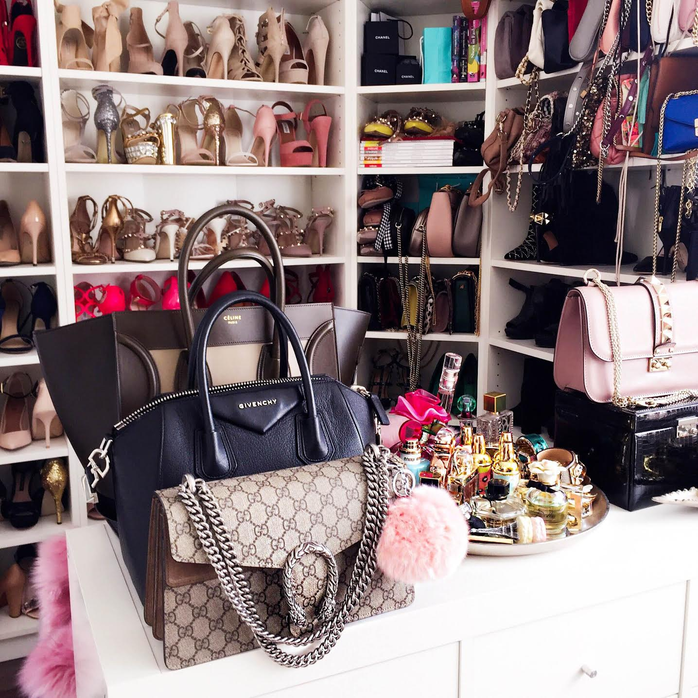 bags-shoe-walk-in-closet-fashionhippieloves