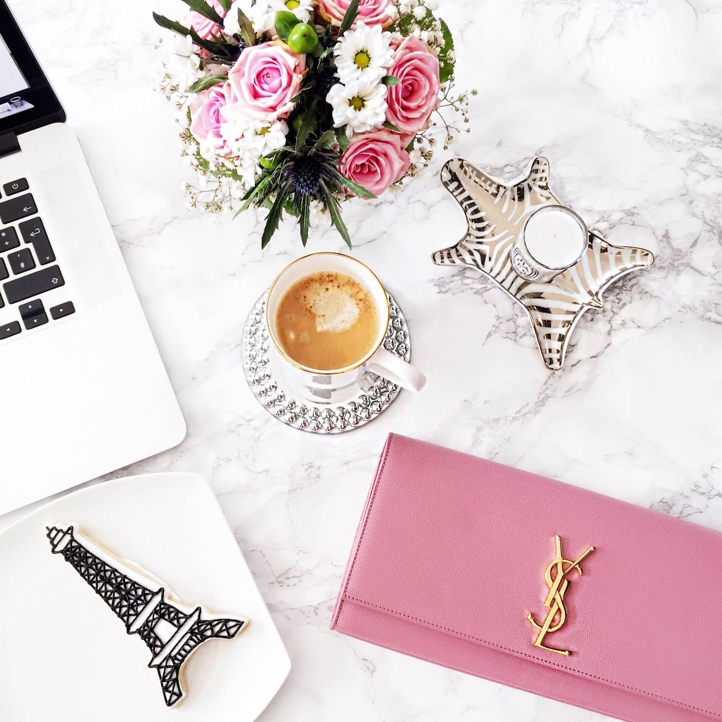 desk-situation-ysl-saint-laurent-clutch-pink