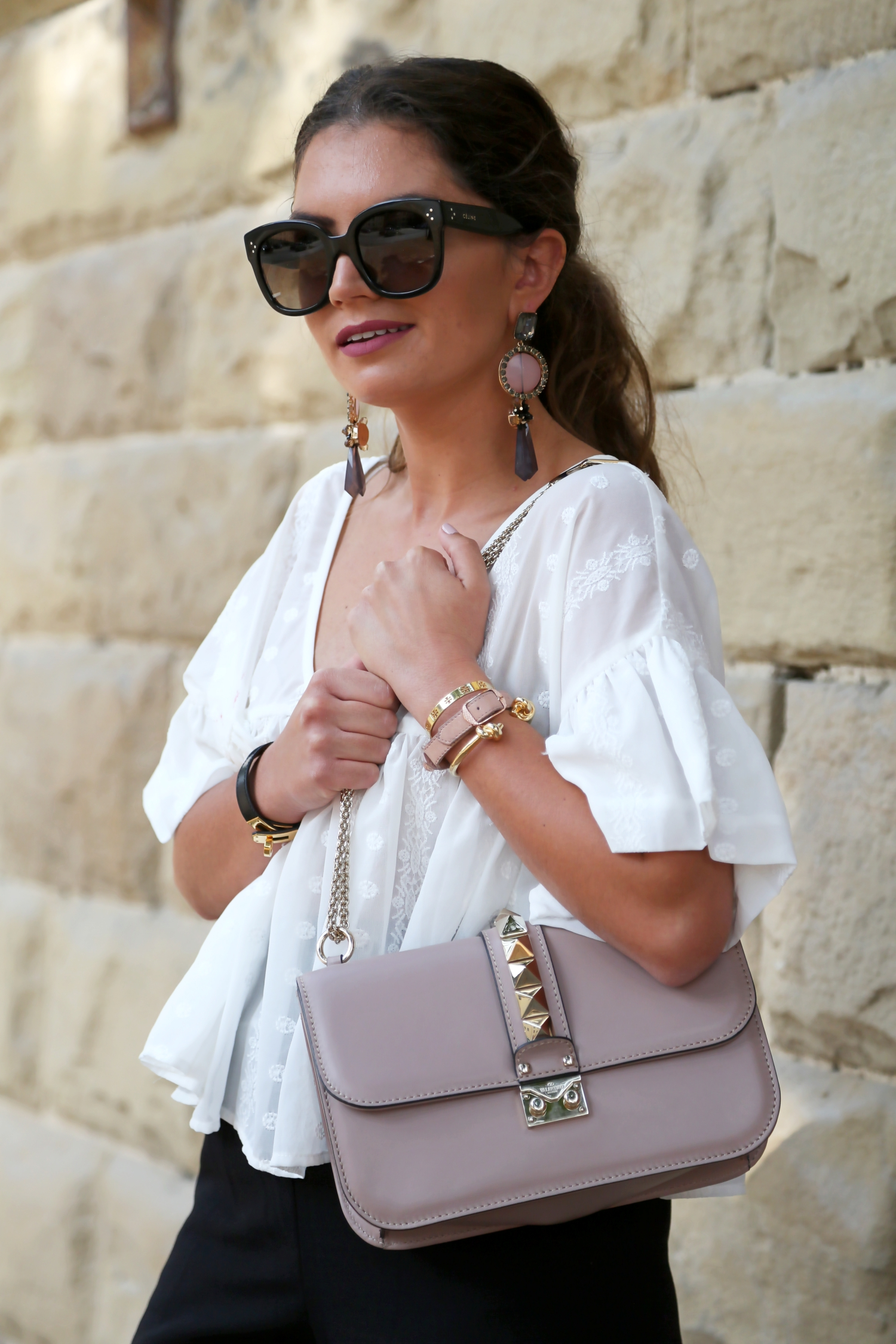 outfit-details-valentino-glam-lock-bag-celine-new-audrey-sunglasses