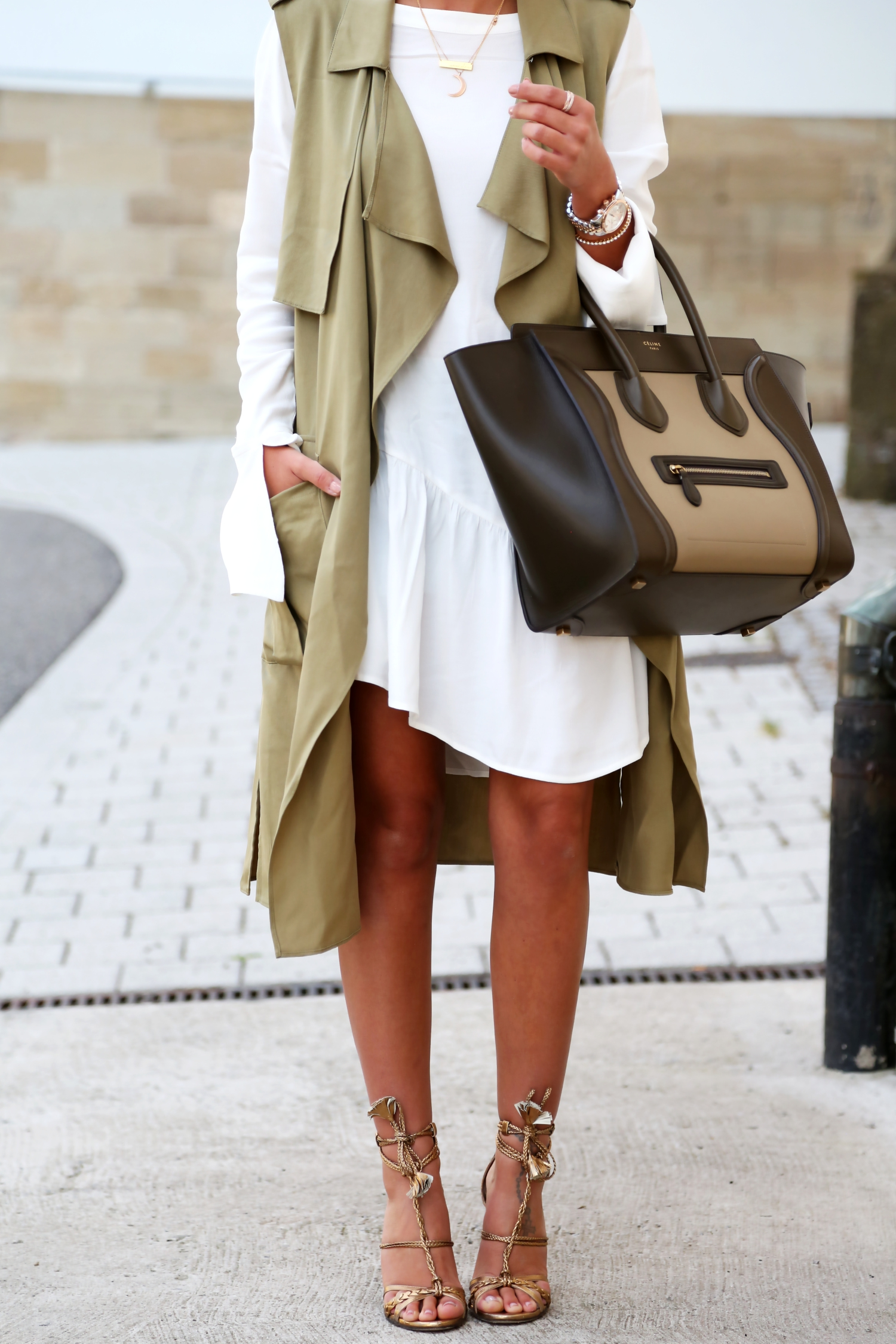 outfit-white-long-blouse-celine-luggage-edited