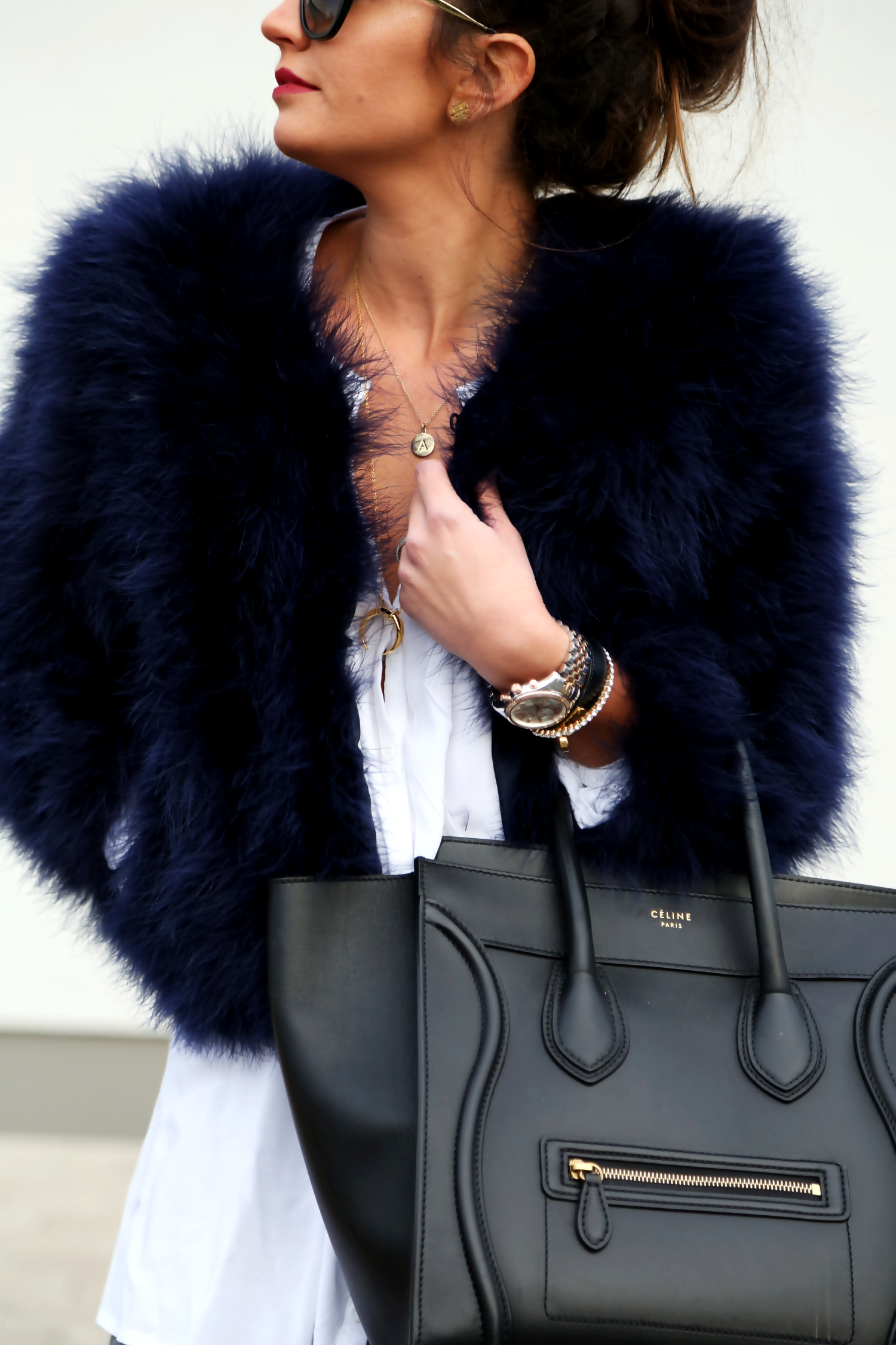 outfit-details-celine-luggage-prada-sunglasses-feather-jacket