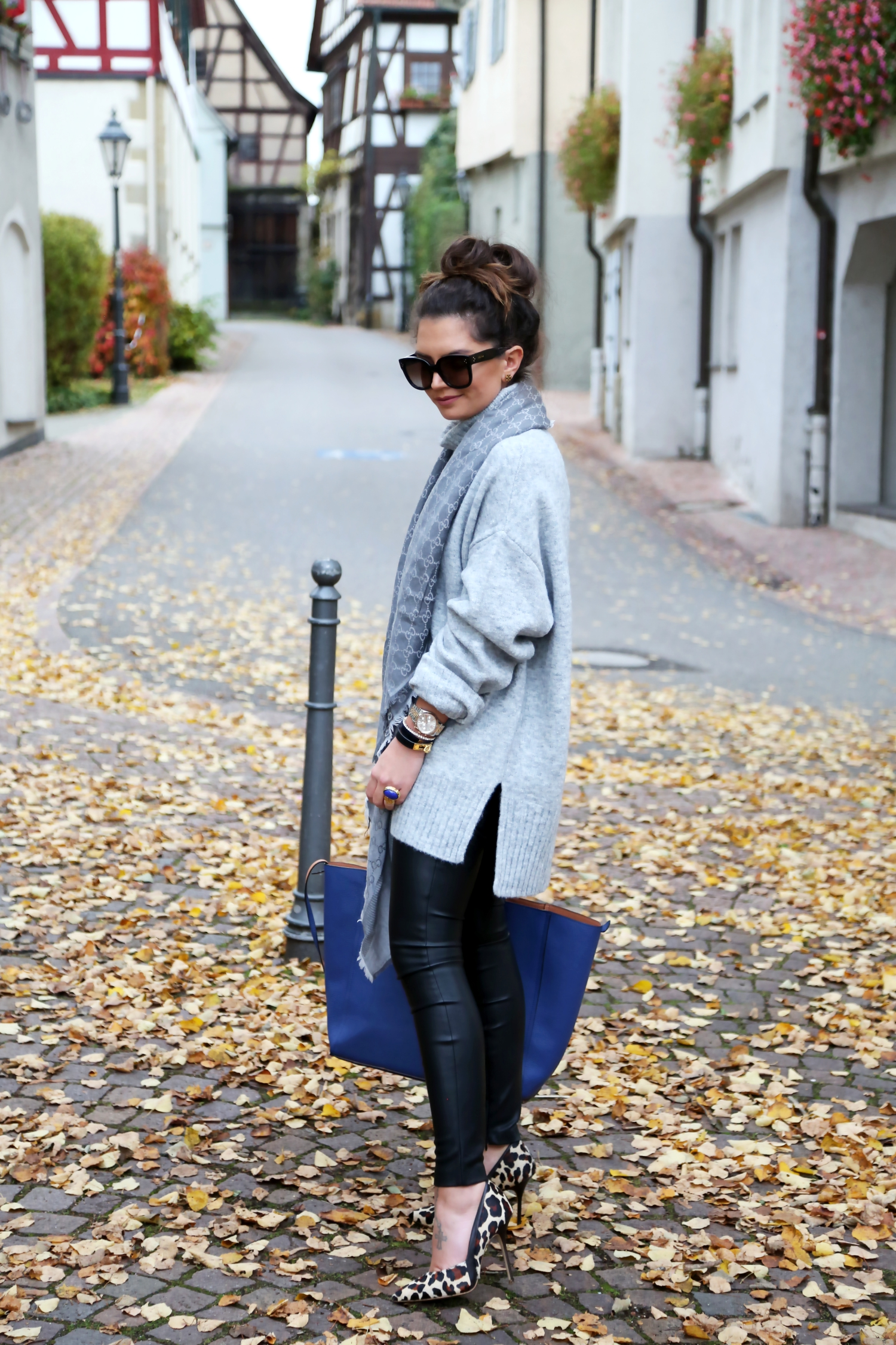 outfit-edited-sweater-jeggins-liebeskind-bungalow-bag