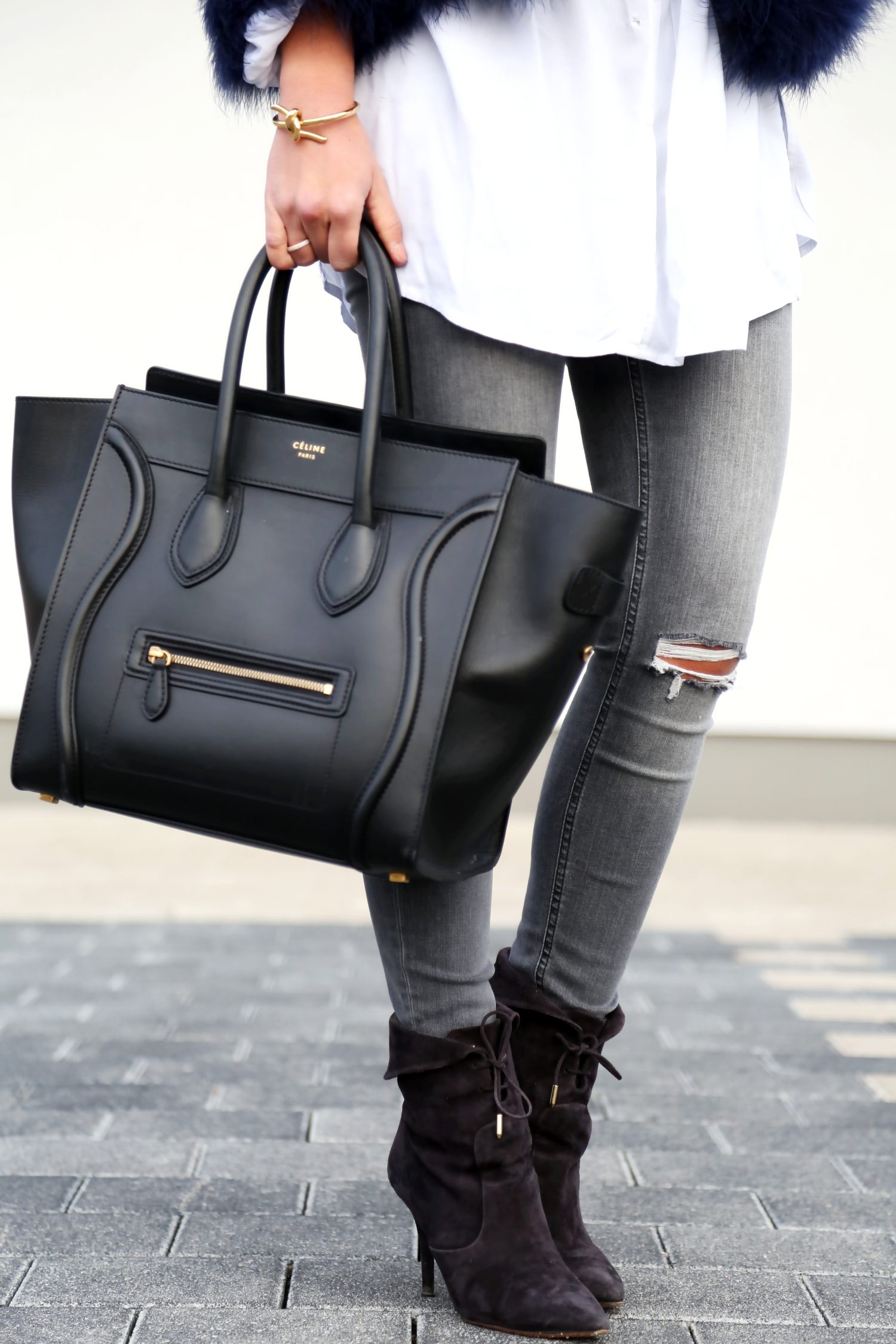 outfit-fall-autumn-look-feather-jacket-aquazzura-booties-celine-bag