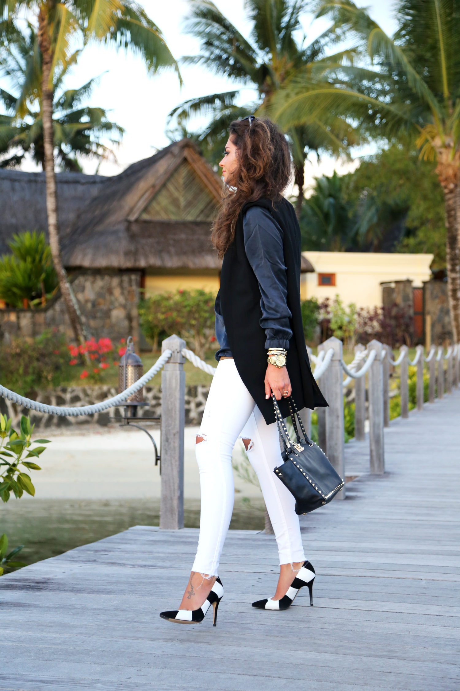 outfit-fashionhippieloves-vacation-look-valentiono-garavani