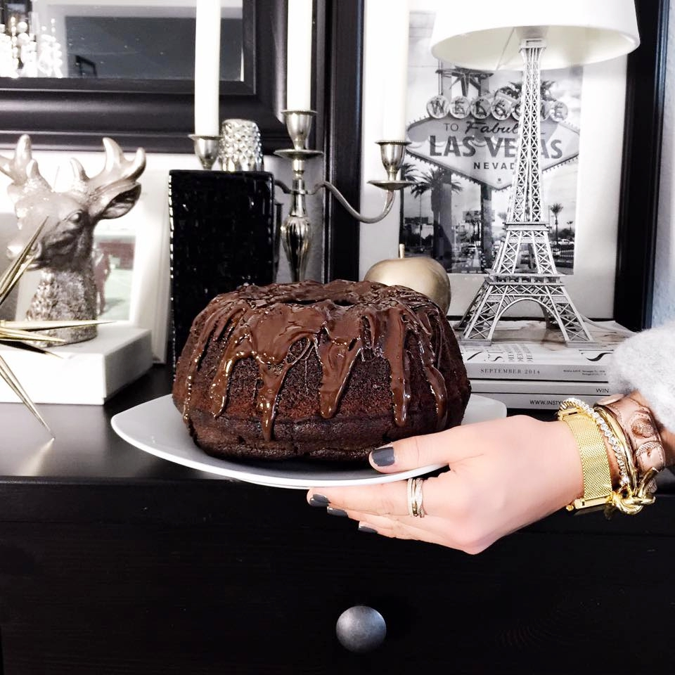 homemade-cake-living-room-fashionhippieloves-food