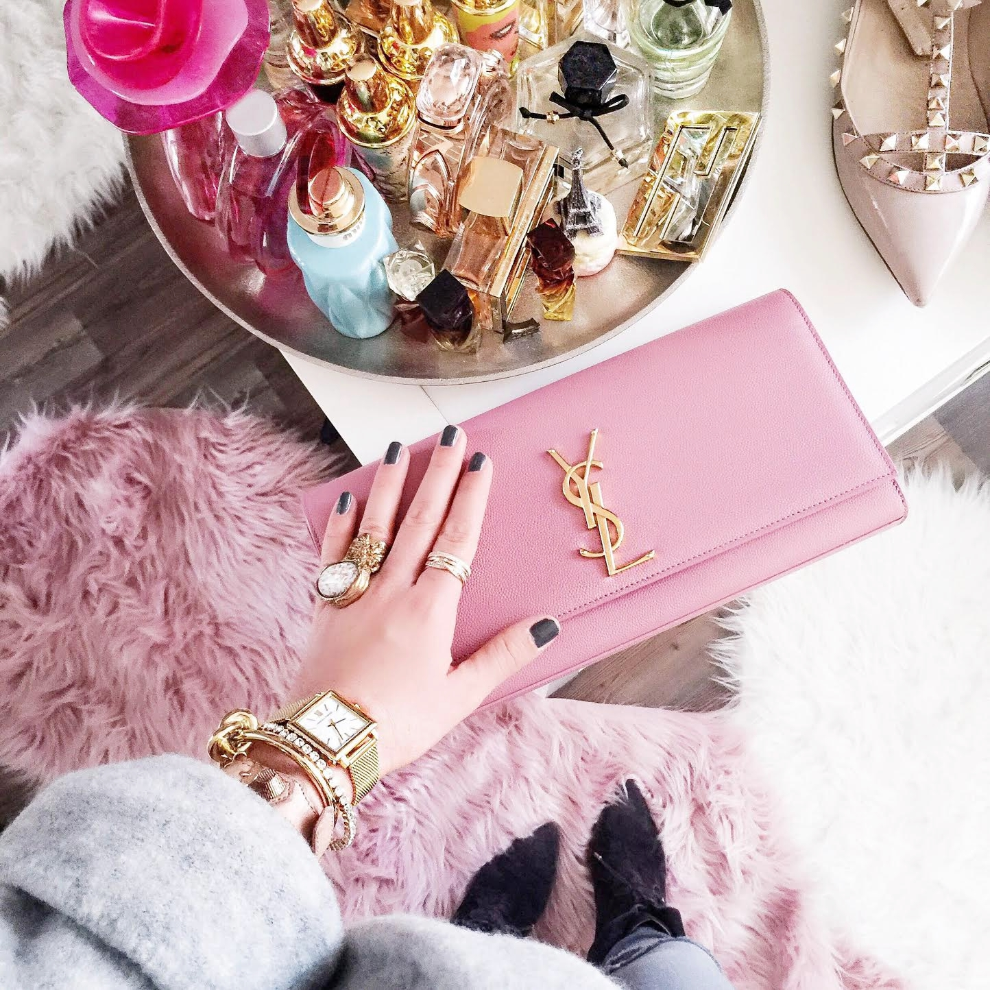 outfit-details-ysl-clutch-pink-fashionhippieloves-closet