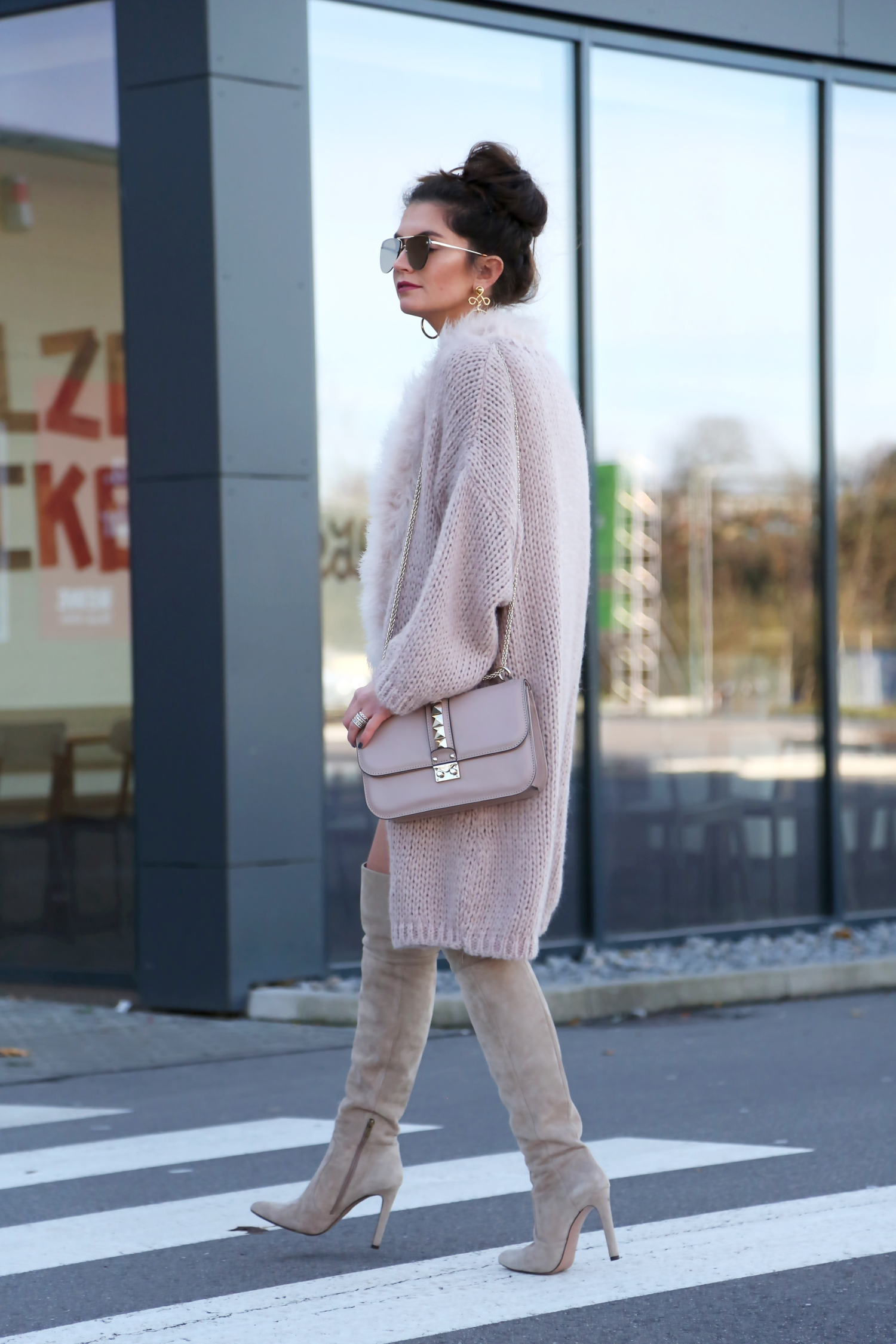 outfit-edited-dress-hallhuber-cardigan-herbst-fall-look-valentino