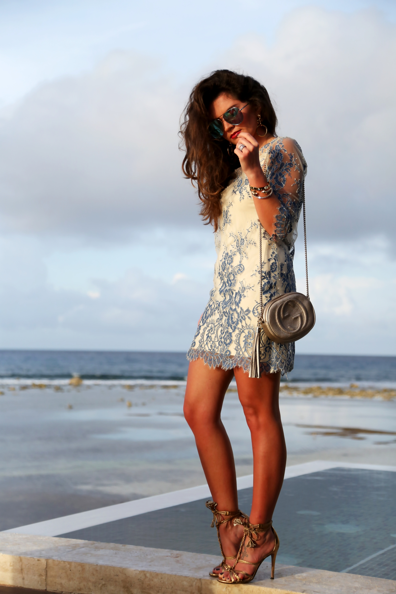 outfit-lace-dress-twinset-pura-lopez-sandals-gucci-bag