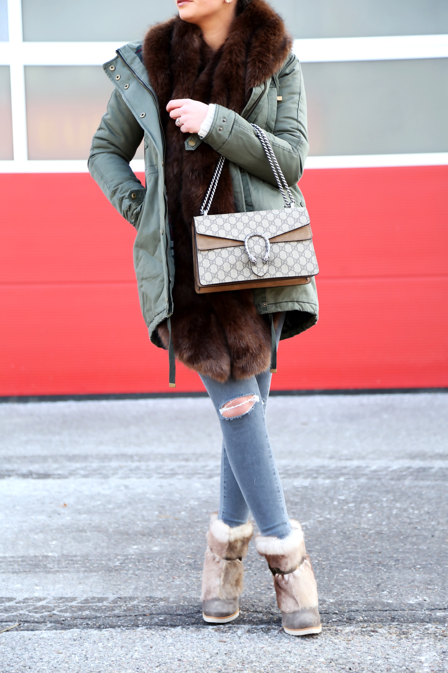 outfit-winter-look-gucci-bag-faux-scarf-parka-pepe-jeans